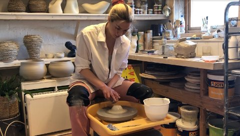 stipend: Keramiker Johanne Birkeland fra Færder som ble tildelt kunstnerstipend i 2020.
