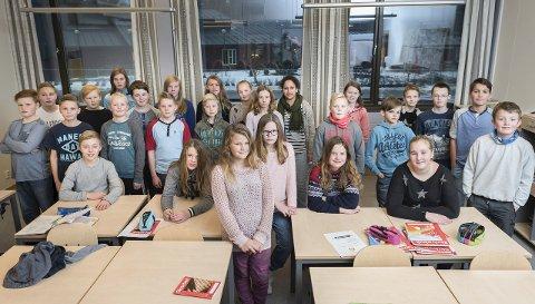 Elevene på 7. trinn ved Hallingby skole har skrevet kapittel fem i årets skrivestafett.