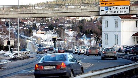 Utslipp: MDG i Fet, med Mette Sperre (innfelt) i spissen, mener at de nye målingene vil vise hvor viktig det vil være å få ned trafikkmengden på riksvei 22.