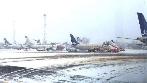 Avising av fly på Oslo Lufthavn.