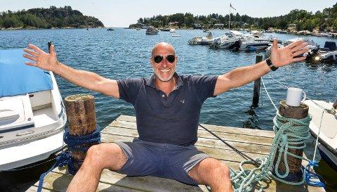 JÆVLA BADEGJEST: André Jerman er tilbake på Hagaløkka der lader han opp før han skal i gang med sin standup-galla «Jævla badegjester», som består av fire standup-kvelder i Fon-teltet i løpet av juli.