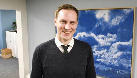 Ordensmenneske: Henning Betten holder styr på Tidens Krav.
