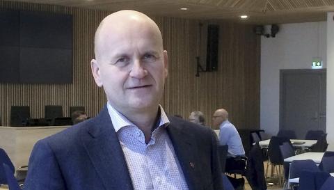 GÅR FOR TVEITEN: Fylkesordfører Rune Hogsnes (H) mener at Tveiten ved Barkåker egner seg som plassering av en datalagringssentral. Han legger til at det er viktig å lytte til lokalbefolkningen i saken.
