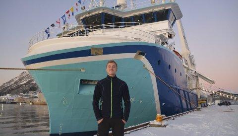 Stolt: Karl Olav Jægtvik (26) er stolt over å være matros på verdens største og mest moderen gassdrevne fraktebåt. Alle foto: Svein Arne Nilsen