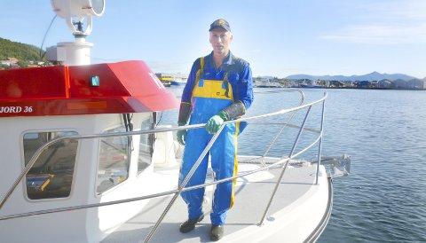 Hobbysjark: Roger Larsen fra Meløy har brukte 5 millioner kroner på en ny sjark som han bruker til «hobbyfiske» når han har fri fra sin faste jobb. Å være sjarkfisker er som rekreasjon å regne, mener han. Alle foto: Svein Arne Nilsen