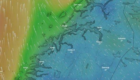 Slik var vindretningen søndag ettermiddag. Mandag blir det mye mer vind.