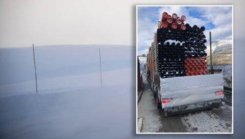 Vogntoget hadde nettopp kommet over Hardangervidda og var tildekket av snø.