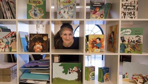 Illustratør: Monia Nilsen har illustrert mange skolebøker og andre barnebøker. Nå håper hun å utgi sin egen tekst med tegninger. Alle foto: Jan Erik Skau