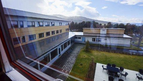 Tidligere nordlandsklinikken: Nå Russeksjon Avd. Narvik ligger i Håkvik. Ved rusklinikken jobber det i dag rundt 60 ansatte . Til en hver tid er det 30 pasienter inne for behandling for sin rusavhengighet. Alle foto: Kristoffer Klem Bergersen