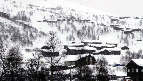 ER LOV: Mange haugalendinger eier hytter og leiligheter på Vågslid. Det er lov å bruke hyttene i vinterferien.