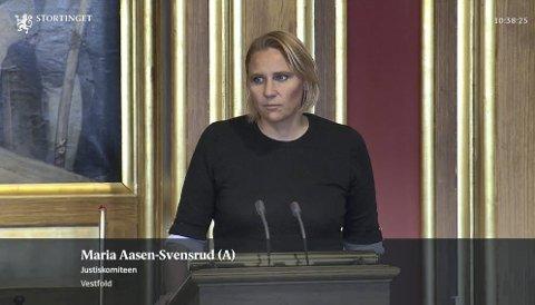 Vant fram: Ap og Maria Aasen-Svensrud vant fram med sitt forslag om at regjeringen må vurdere å gjenåpne noen av de nedlagte fengslene. Deriblant Hof fengsel.