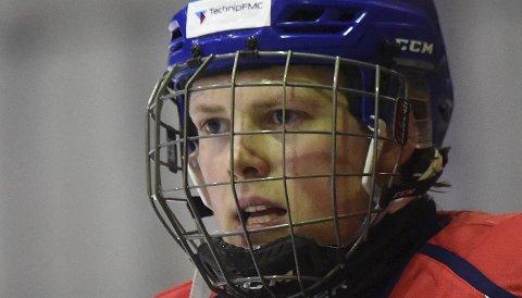 VANT: Spillende trener Torgeir Lillemoen og hockeygutta vant.