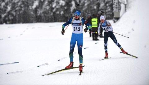 130 DELTAKERE: Buskerudcuprennene i skiskyting på Stevningsmogen går etter planen i helgen. FOTO: OLE JOHN HOSTVEDT