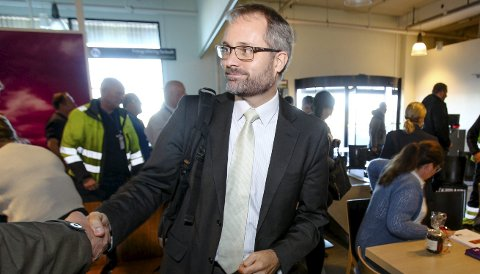 TILBAKE: Knut Ragnar Johannessen i Rygge Airport sier han kan få åpnet Rygge, bare Forsvaret gir ham muligheten til å overta terminalbygget på flyplassen.