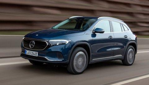 UTVIDES: Elektriske Mercedes EQA kommer nå med firehjulsdrift.