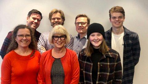 Her er 7 av 12 i det nye styret i Nordstrand AP. Bak f.v.: Miert S. Lindboe, Jardar E. Flaa, Rune Tokle, Asgeir R. G. Kråkenes. Foran f.v.: Cecilie Foss, Asbjørg J. Lyngtveit (leder), Ella Fyhn. Ikke til stede: Elisabeth Gammelsæter, Tone E. Kleven, Anne Nyeggen, Eivin Sundal og Tone Lise Aunan.