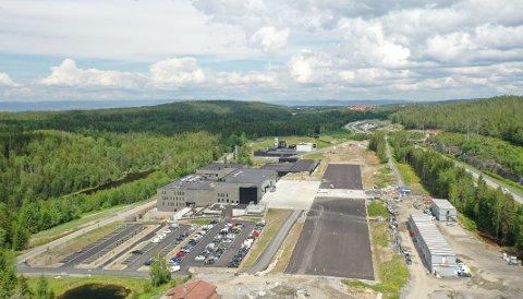 TARALDRUD: I juni ble dette bildet tatt av beredskapssenteret. Til høyre sees E6 og husene i bakgrunnen er på Bjørndal. Foto: Skanska
