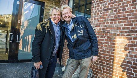 VANT I RETTEN: Jan Hansen (t.v.) og Finn Erik Røed kunne glise bredt etter at kommunestyret vedtok reguleringsplanen for Grandkvartalet like før jul i 2016. Nå har de to fått mer å glede seg over.