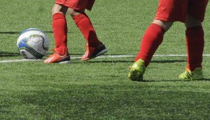 KREDITT: Dårlig økonomi og utstyrspress gjør at mange barnefamilier må kjøpe sportsutstyr på kreditt til barna sine. (Illustrasjonsfoto/arkivfoto)