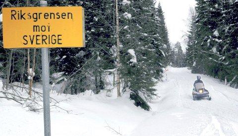 IKKE OVER GRENSA: Ingen lokale snøskuterfolk har vært over svenskegrensa i vinter.
