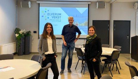 VERTSKAPET: Rådgiver Kate Franklin Langsethagen (fra venstre), daglig leder Odd-Erling Lange og forretningsutvikler Ida M. Dyreng i Elverum Vekst.