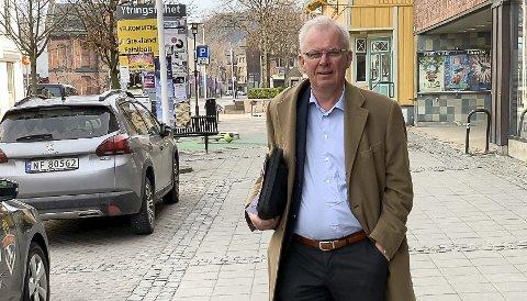 IKKE I LOOPEN: Rådmann Wold ble lite informert, men ser nå framover og mener han skal få gjenopprettet ordinær kommunikasjon mellom den store avdelingen for kommunalteknikk og avisa.