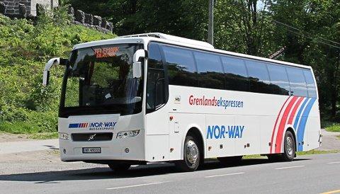 FULL STOPP: Mandag 14. september innstilles denne bussruta mellom Porsgrunn og Oslo, og det er ikke satt dato for når passasjerer kan entre bussen igjen.