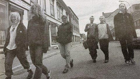 VILLE VETTER: Leila Sunniva Berg (17), Anette Andreassen (18), Veronica Engesland (17), Guro Bakke Håndlykken (18), Ida Drugg (18) og Marianne Bismo (16) er noen av jentene i Villvettene.