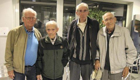 Veteraner: Jan Gundersen, Berger Amundsen, Åge Aulie og Sverre Fallet var æresgjester på Årnes kino. ALLE FOTO: kjell aasum