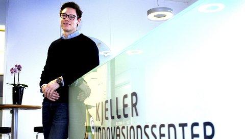 TEKNOLOGI MOT NYE HØYDER: Sondre Malde Pedersen er prosjektleder for etablering av romfartsinkubatoren ESA BIC Norway hos Kjeller Innovasjon AS. Målet er å hjelpe fram nye virksomheter basert på romfartsteknologi. Foto: Torstein Davidsen