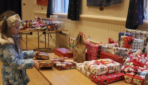 GIVERGLEDE: Det er mulighet til å gi gaver til barn i familier som ikke har så mye å rutte med, også dette året.