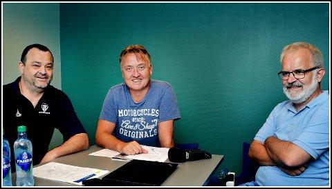 Jan Kristian Fjærestad, Petter Kalnes og Øistein Veberg med den siste delen av podcasten som omhandler laget vi i dag kjenner som Sarpsborg 08.
