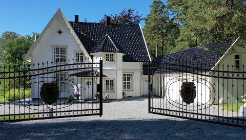 SOLGT: Denne herskapelige boligen i Kulås er nå solgt.