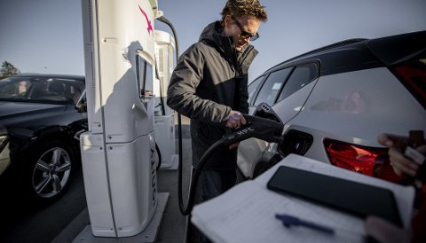 STORE FORSKJELLER: Det er er store forskjeller på hvor langt man kan kjøre etter 25 minutters lading av elbil.