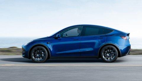 KOMMER ENDELIG: Levering av Model Y til amerikanske kunder startet tidligere enn planlagt. Hos oss ble det omvendt - men nå er den nye Tesla-SUV-en snart også på norske veier.
