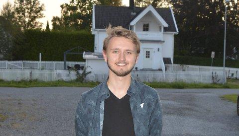 Spent: SVs førstekandidat i Østfold, Freddy Øvstegård, mener ungdom ofte er underrepresentert på meningsmålingene.