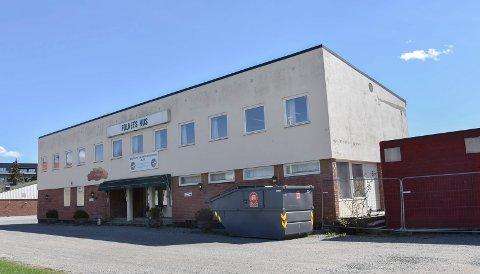 Arbeiderbastion: Gamle Folkets Hus i Askim skal erstattes med moderne blokkleiligheter. Nå skal bygget rives.