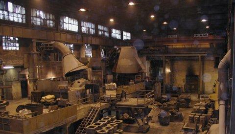 Smelteverket på Stålverket stenges ned fra fredag.(Arkivfoto)