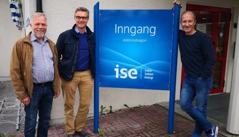 Nye koster: Per Sivertsen, Odd Emil Ingebrigtsen og Kjell Sæterhaug ble nylig presentert som kjernen i den nye ledelsen i indre Salten Energi. Selskapet var i fjor gjennom en stor ryddesjau. Foto: Indre Salten Energi