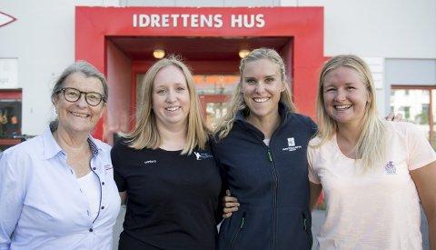 Anne Kristine Aas (fra venstre), Christine Ullestad, Randi Marie Berntsen og Katrine Lund Bjørnsen jobber i forskjellige kretser og regioner i lokalidretten, og skal bruke sin innflytelse til å få med enda flere kvinner. – Å fokusere på dette håper vi gir resultater, sier Ullestad.
