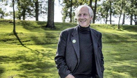 Egne saker: At matjord blir bygget ned til fordel for kjøpesentre, som man må kjøre bil til, er en stor bekymring for Henning Aall og De grønne. I et mulig samarbeid med Ap er det et eksempel på en type sak som Ap må møte De grønne på, mener Aall.