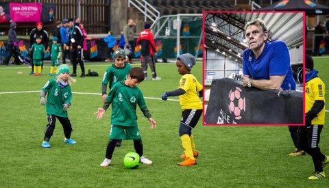 FÅR SVAR: Det er ventet ny informasjon rundt barne- og ungdomsidrett i forbindelse med myndighetenes pressekonferanse torsdag. Øyvind Strøm (innfelt) i Østfold Fotballkrets er spent på konklusjonen.