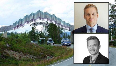 Lars-Jonas Westerfjell og Jan Mikael Westerfjell er eiere av Porten til Nord-Norge og reagerer på Erlend Bullvågs utspill om at den bør rives. Foto: Arkiv/Privat
