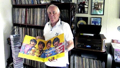 IKONISK ALBUM: Sgt Pepper's Lonely Hearts Club Band ble utgitt på LP 1. juni 1967. Tor Bentsens utgave stammer fra Russland, hvor Sgt Pepper og forgjengeren «Revolver» av uforklarlige årsaker har havnet på samme album.FOTO: JAN-ROLF LUDVIGSEN