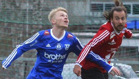 Tapte: Mikkel Berg og resten av 5.divisjonslaget til Lunner FK tapte kvalikkampen mot DK Leiret lørdag.