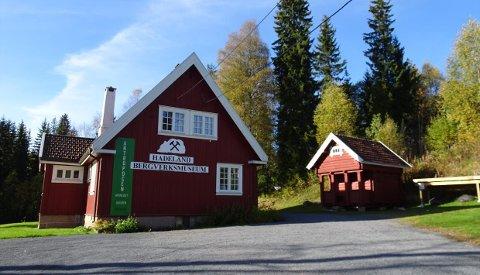 GEOLOGIENS DAG: Randsfjordmuseet inviterer store og små med som geoagenter på en spennende tur fra Hadeland Bergverksmuseum til Skjerpemyr.