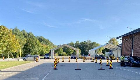 Politiet åpner nå to nye kontrollspor på den Gamle Svinesundsbroen.