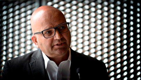 AVVENTER: Lars Ole Bjørnsrud, kommunikasjonsdirektør i TechnipFMC, sier at de bare må avvente situasjonen og følge markedet.