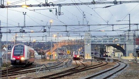 Blir som vedtatt: Togets vei gjennom Moss endres med de konsekvenser det medfører.