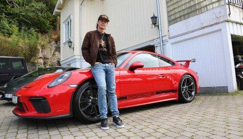 Bekkelaget-bosatte Sigurd Wongraven har vært Porsche-fantast hele livet - her avbildet med sin 911 GT3 i en annen sammenheng.